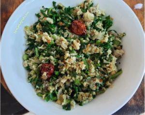 Malabar spinach with fish stir fry step 4